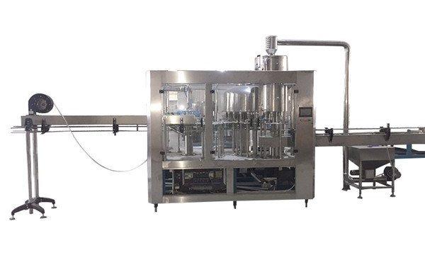 Máquina de recheo de botellas de bricolaxe