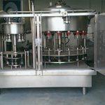 Máquina de recheo de botella de perfume de presión negativa de 10 cabezas