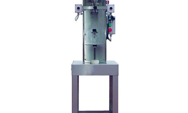 Máquina semiautomática de tapón de botellas de eixo